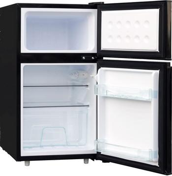 Двухкамерный холодильник TESLER RCT-100 BLACK