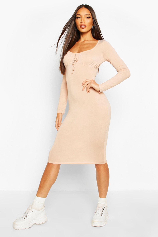 Платье миди из джерси с длинными рукавами и оборками на бюсте