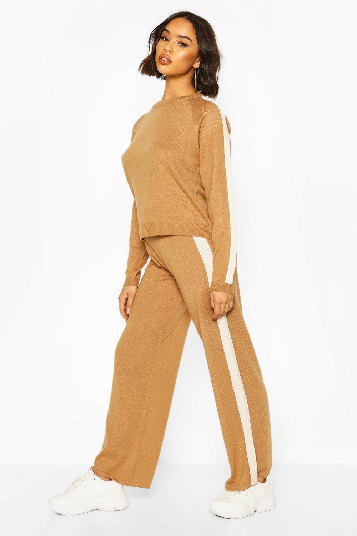 Сет вязаной одежды для отдыха в стиле колор-блок с округлым вырезом