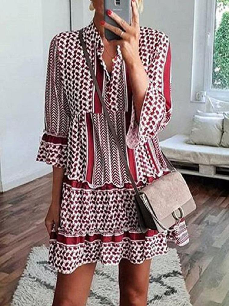 Женский 3/4 рукав V-образным вырезом с цветочным принтом Mini Платье