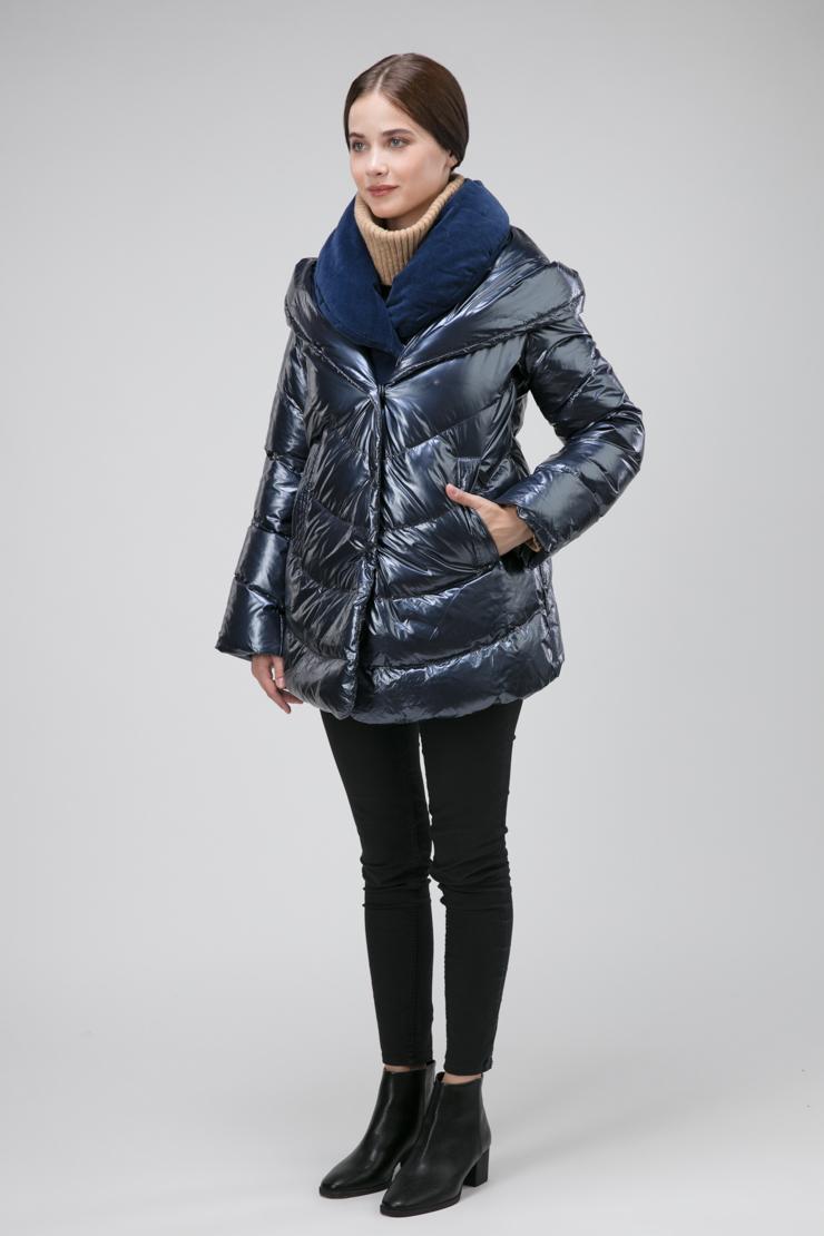 Короткая итальянская куртка на пуху с эффектом многослойности